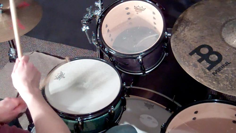 Gatts Drums Warming Up